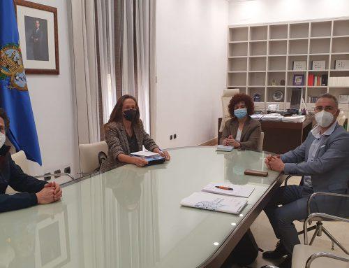 Asein mantiene encuentro con la Presidenta de la Diputación Provincial de Huelva